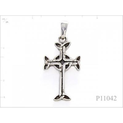 Pendant, celtic cross.